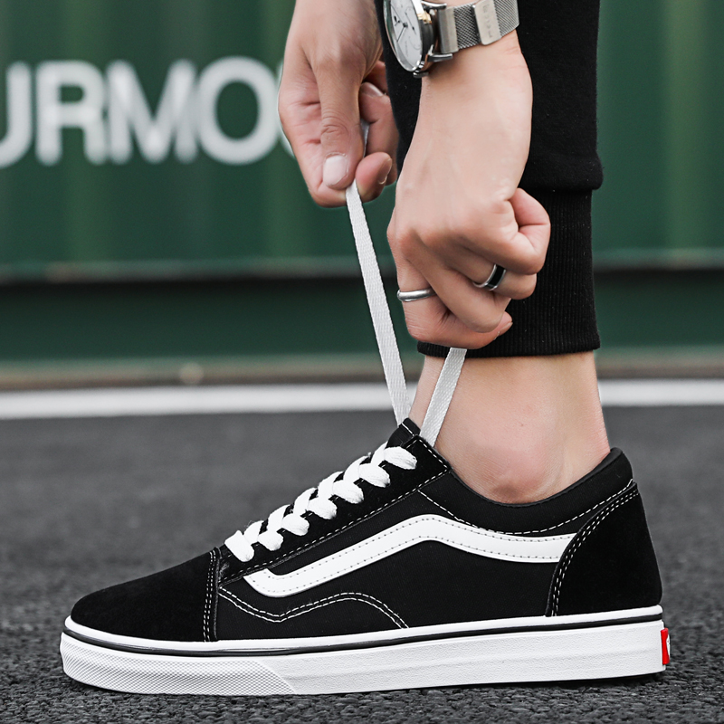 Spring Black Sneakers Men Lace-up Platform Shoes Comfortable Casual Couple Shoes Walking Flat Footwear Tenis Masculino Adulto