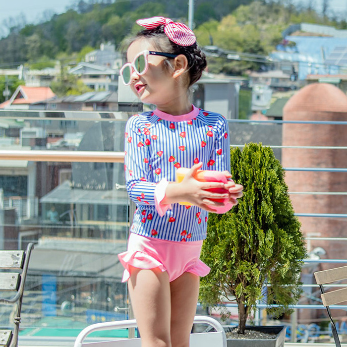 19 New Style Hot Sales Two-piece Swimsuits Long Sleeve Shorts Stripes Cartoon Sweet Cute Hipster Girls KID'S Swimwear
