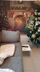 Image 5 - Capisco 실내 벽난로 메리 크리스마스 사진 배경 인쇄 크리스마스 트리 장난감 곰 선물 의자 새해 사진 배경