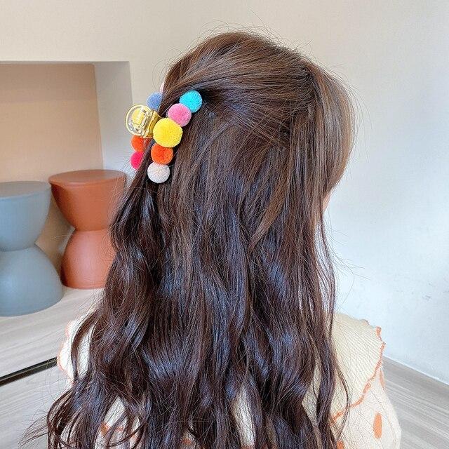 Фото заколка краб для волос с шариками женская элегантная разноцветная