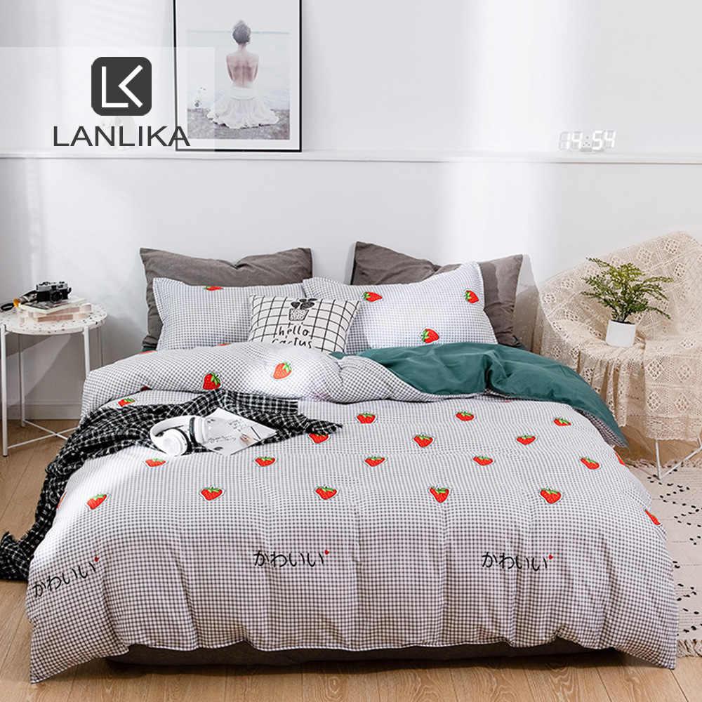 Lanlika Strawberry Set Tempat Tidur Pastel Biru Pakaian Linen Tempat Tidur untuk Orang Dewasa King Single Anak-anak Kartun Nordic Bed 150 Set Seprai