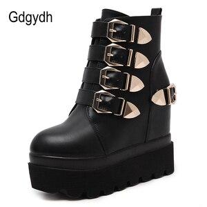 Image 2 - Gdgydh 2020 秋の女性のアンクルブーツラウンドトウゴールド金属バックルショートブーツを増加ハイヒールプラットフォーム女性のブーツの靴
