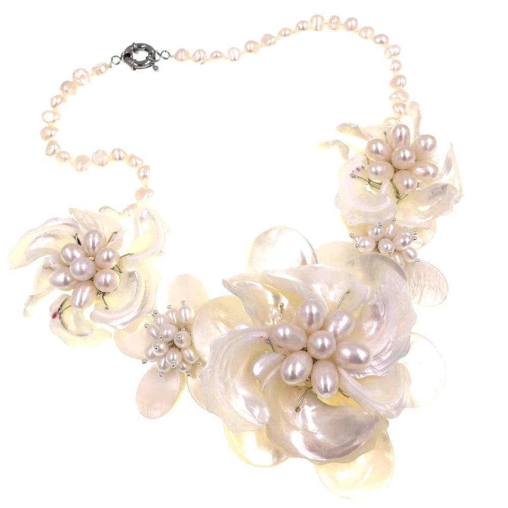 Collier en nacre blanche naturelle/coquille de vadrouille perle fleur feuille bavoir