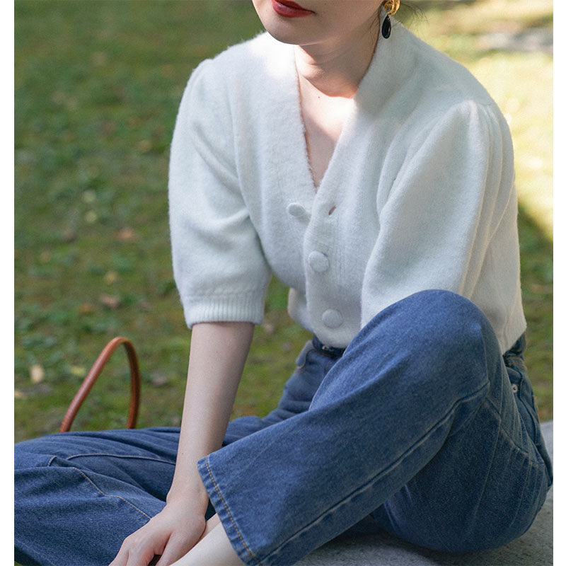2020 New Women White Mohair Cardgian Short Puff Sleeve V Neck Lady Sweet Knitted Sweater For Spring Summer