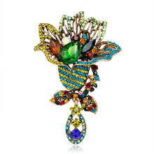 Taobao hot Korean crystal brooch ladies minimalist temperament corsage fashion clothing accessories in stock цена