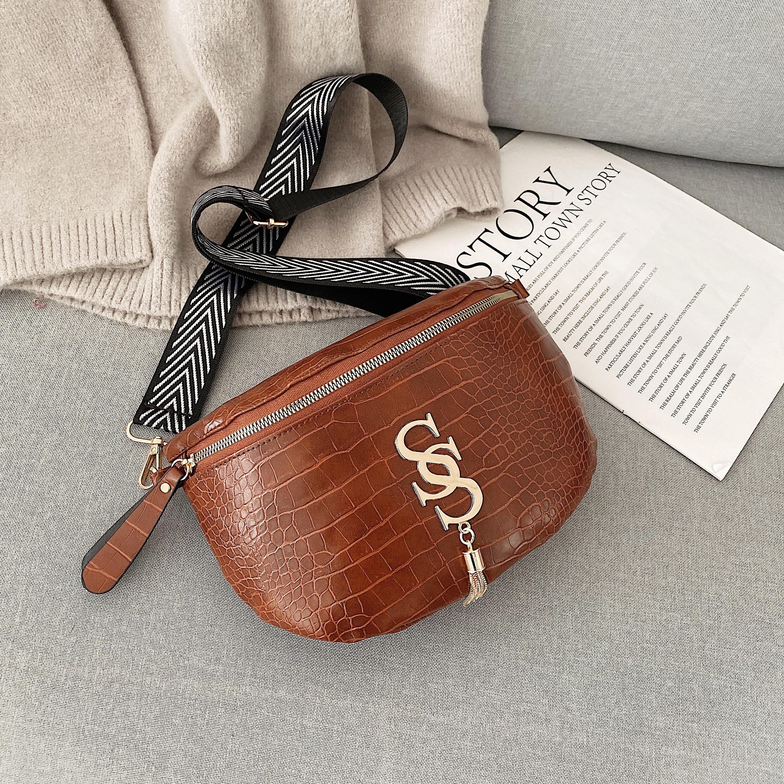 Women Bag Casual Waist Bag Leather Crossbody Bag Trendy Chest Bag Casual Belt Bag For Women 2020 Female Bolsa