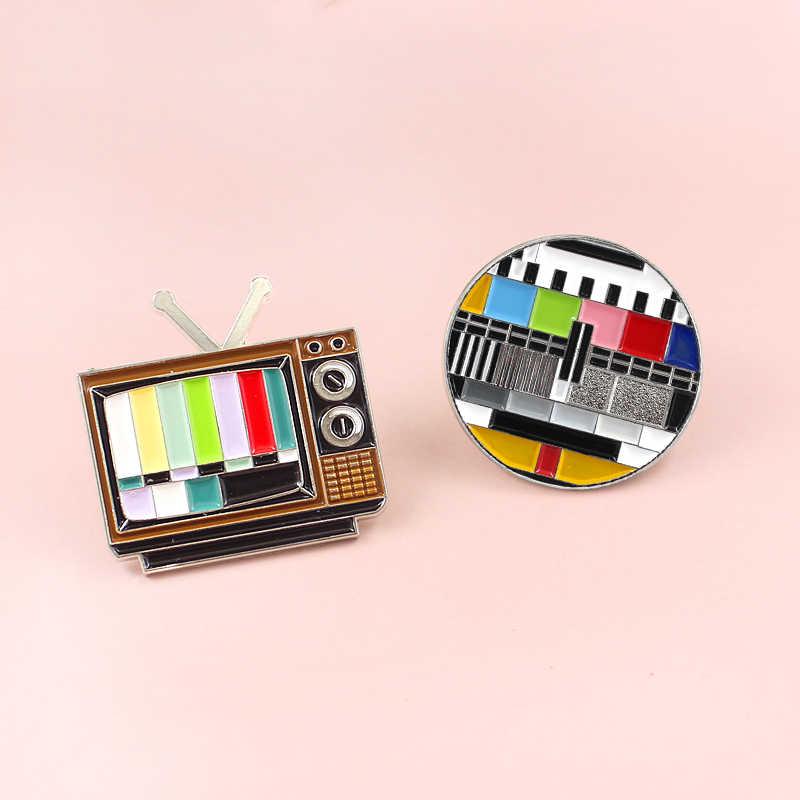 Bros Piano Mesin Jahit Cokey Anjing Skate Lamian Mie Kotak Musik Sampah Kamera Saran dan Fakta Ransel Televisi TV Enamel