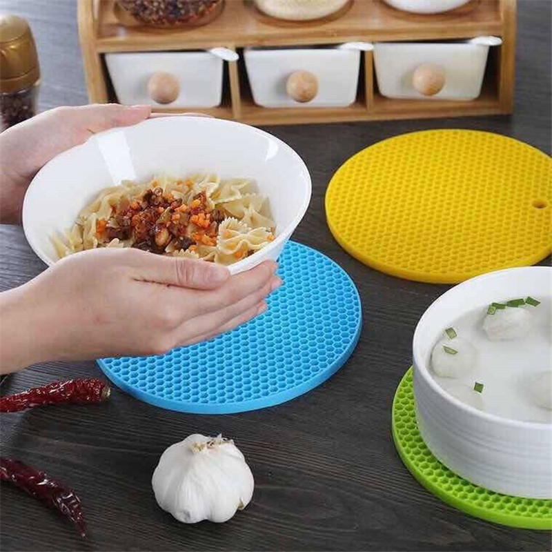 Kitchen Tools Gadgets 14/18cm Silicone Mat Heat Resistant Cup Mat Coasters Round Non-slip Table Placemat Kitchen Accessories