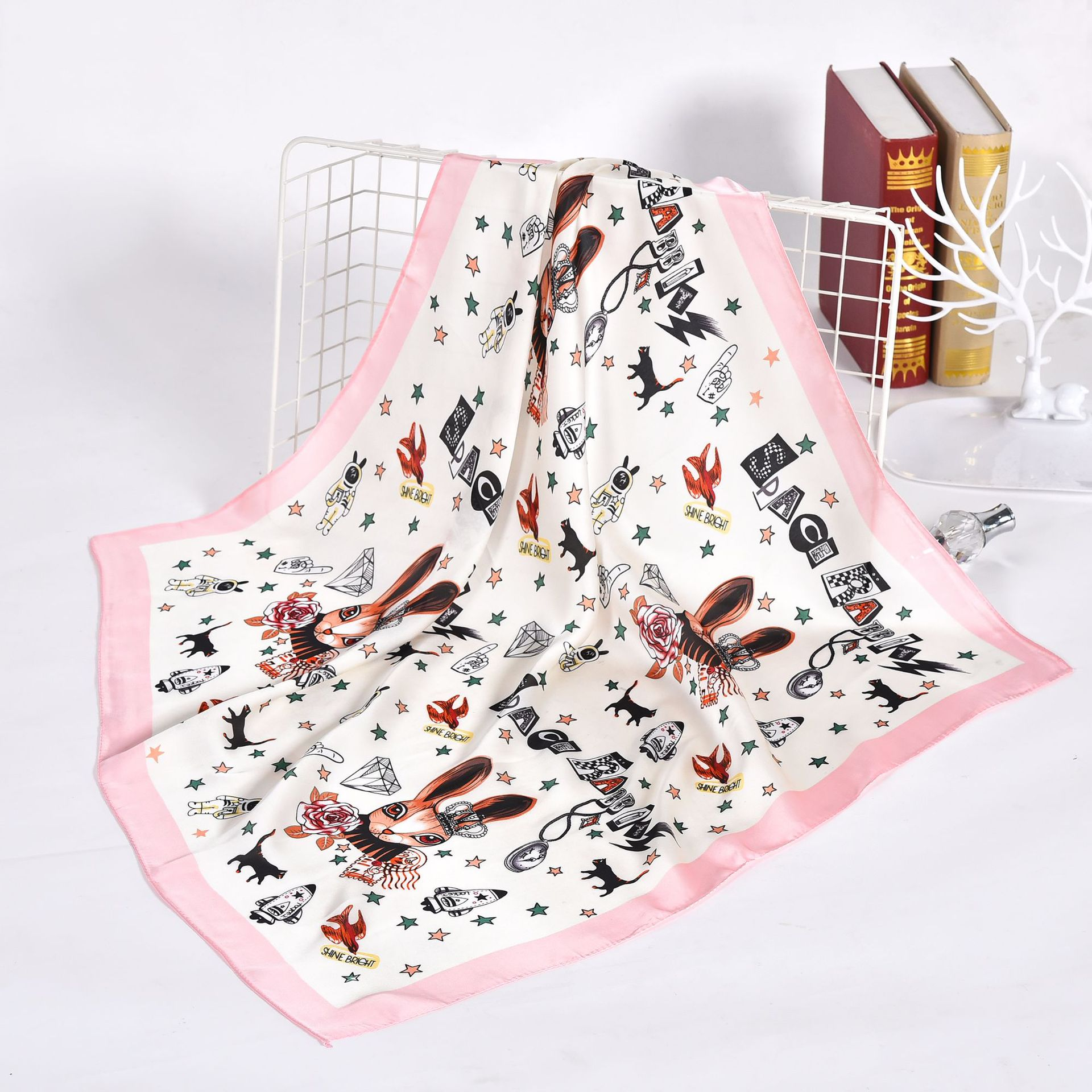 Small Shawls Silk Satin Hair Scarf For Women Fashion Cartoon Print Kerchief Bandana Head Scarfs 70*70cm Neck Scarves For Ladies