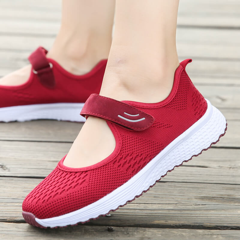 Fashion Breathable Women Vulcanize Sneakers Comfortable Flying Fabrics Spring Casual Shoes Female Mesh Plus Size Ladies Shoe