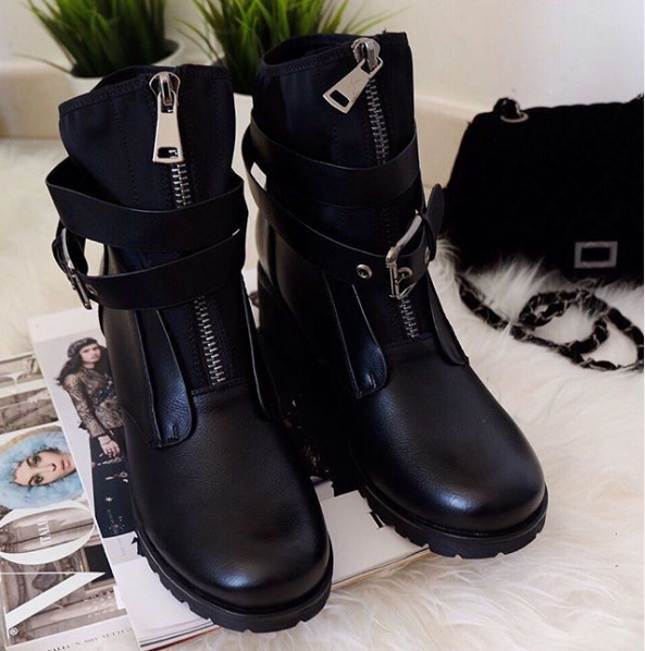 [GOGD]Autumn Winter Women Boots Zipper Rivet Boots Women Winter Boots Ankle Boots Women's Shoes Round Toe Shoes