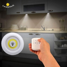 Nowy ściemniania LED pod szafką zdalnie sterowana lampka na baterię LED zasilane z szafy światła do szafy oświetlenie łazienkowe tanie tanio ELESAVEE Remote control cabinet light Suche baterii 50000H Przełącznik