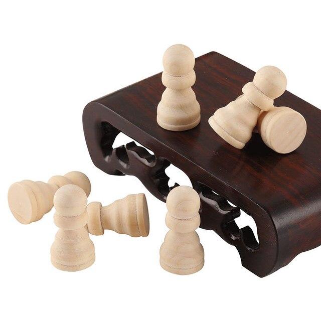 Ensemble 8 pièces - pions 2