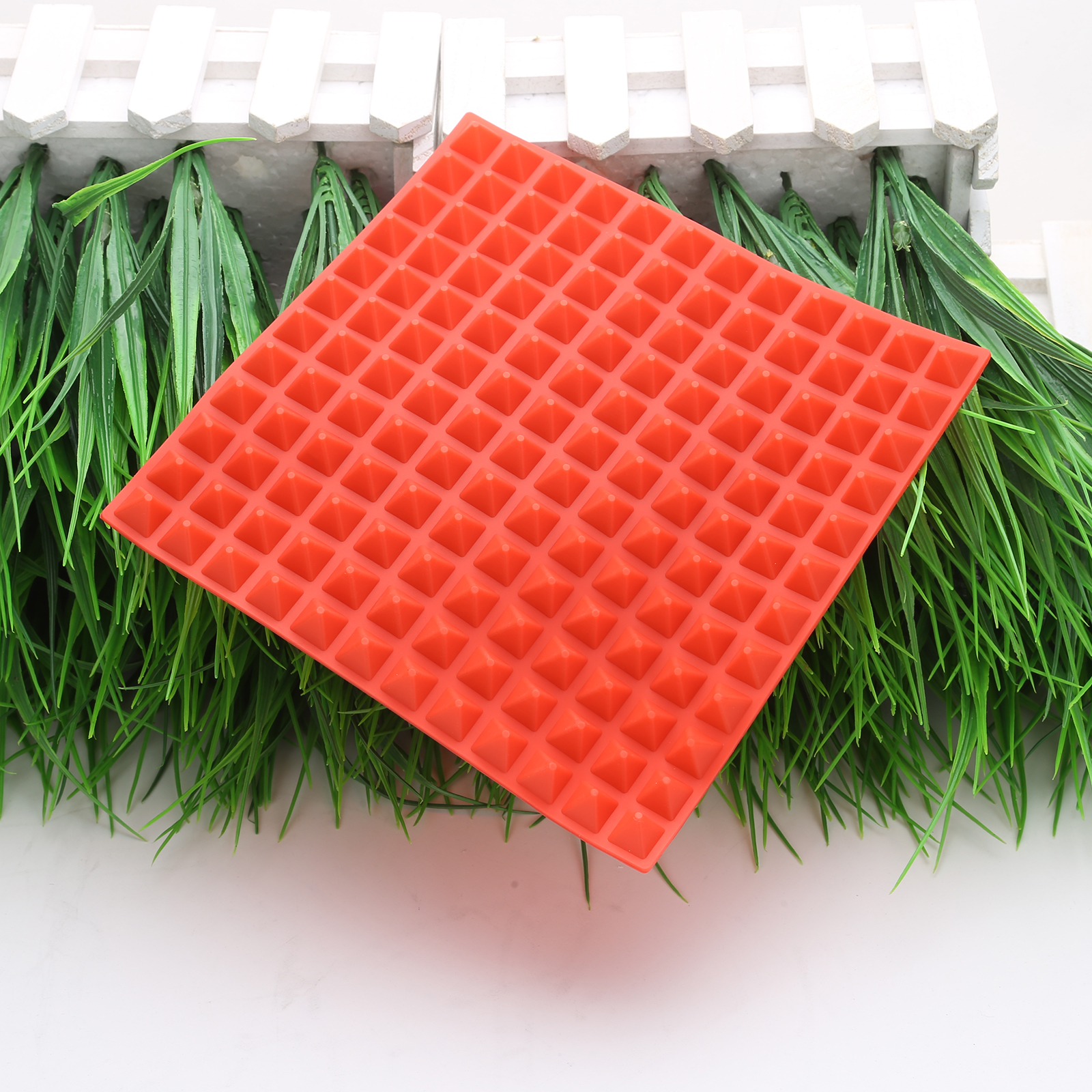 3 Colors Silicone Baking Mat In Non Toxic And High Temperature Resistance For Chocolate And Jelly Pudding 4