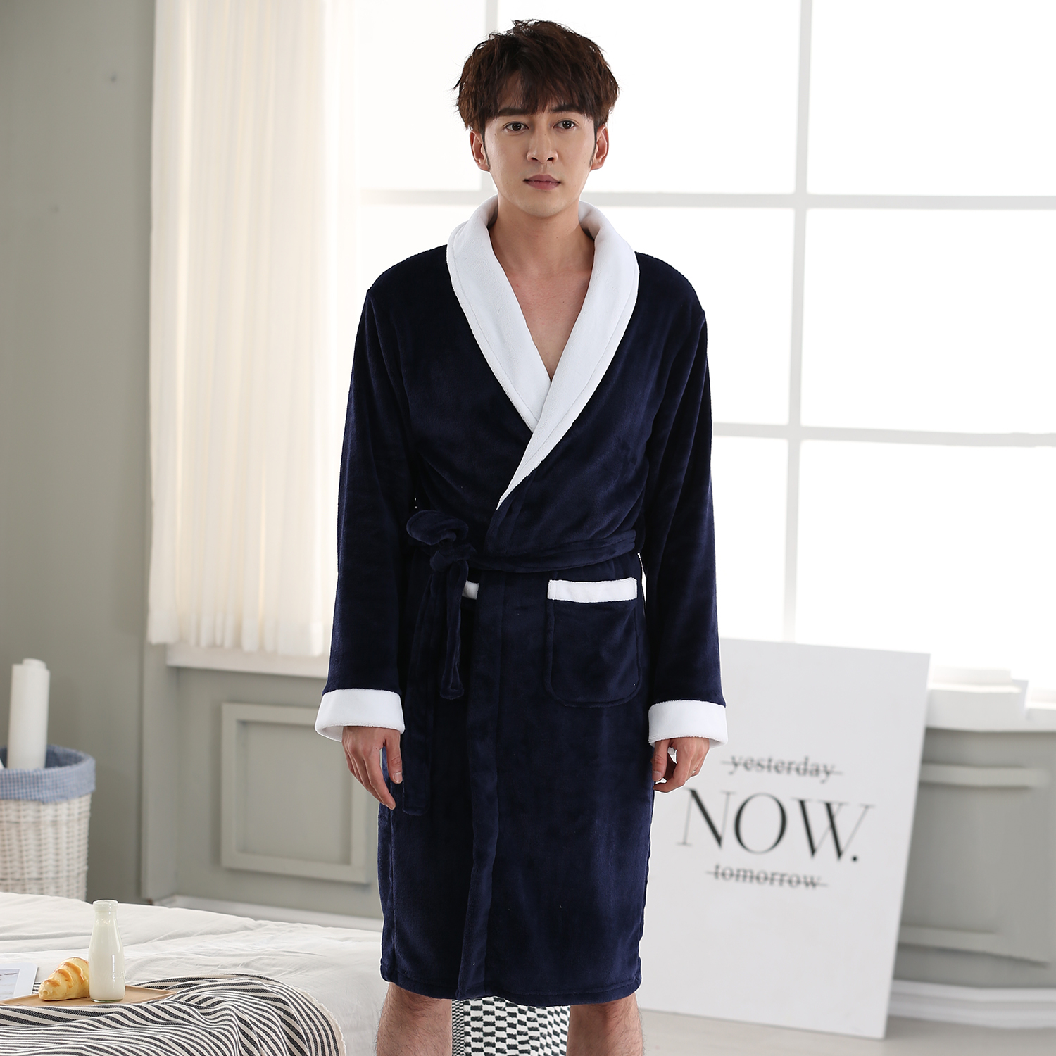 Men's Long Sleeve Robes Nightwear Novelty Style Solid Colour Nightgown Loose Bathrobe Robe Coral Fleece Casual Sleepwear