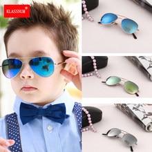 1PC gafas de sol niños gafas de colores espejo niños gafas de marco de Metal de las niñas compra de viaje gafas UV400