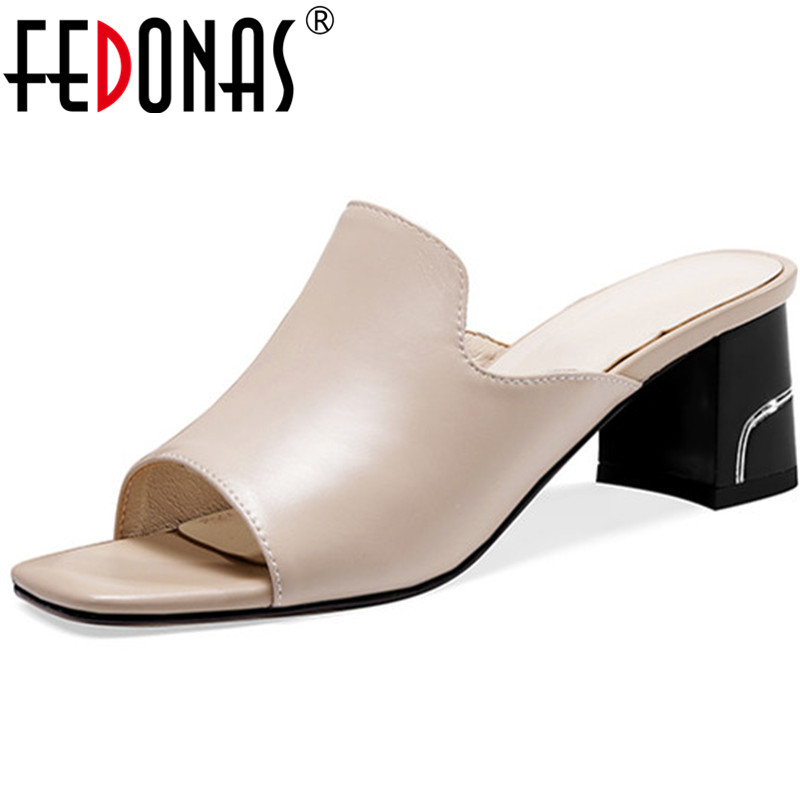 FEDONAS 2020 New Women Sheepskin Leather Square Heels Sandals Summer Rome Party Shoes Woman Casual Slippers Fashion Ladies Pumps