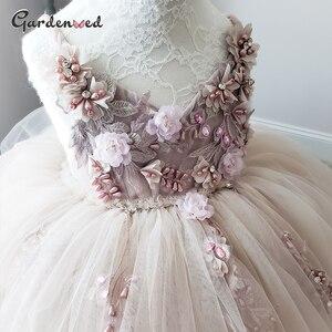 Puffy-line kwiatowe sukienki dla dziewczynek koronkowe frezowanie sukienki komunijne tiulowe szarfy pasy suknia balowa Girl Party Dress nowy rok 2021