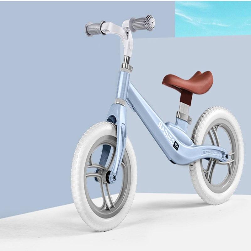Vélo d'équilibre enfant de nombreuses couleurs deux tours en alliage de magnésium la voiture n'a pas de Points pointus bébé patinage enfant en bas âge Scooter pour enfants