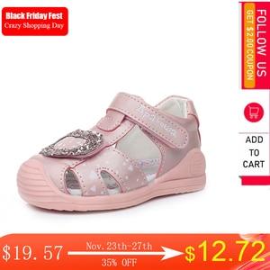 Image 1 - Apakowa sandales à bout fermé pour petites filles, chaussures dété à crochet et boucle, chaussures de plage, pour la fête, voyage, avec Support en arc