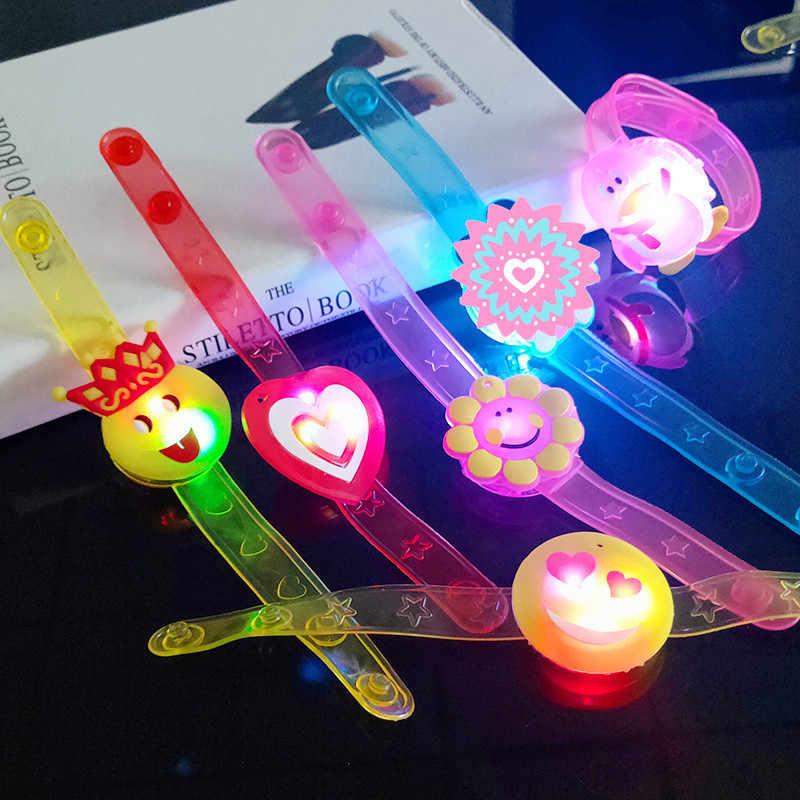 ใหม่เด็กนาฬิกาสายคล้อง Luminous ไฟ LED สร้อยข้อมือนาฬิกาแฟลชนาฬิกาข้อมือส่องสว่างของเล่นเด็กของขวัญ