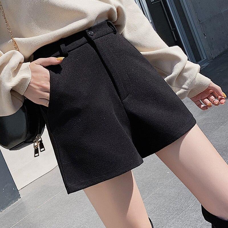 Winter Wool Shorts Women Black Wide Leg Bottoms Autumn Solid Color Slim Woolen Short Thicken Warm Shorts Plus Size Short Mujer