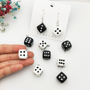 10pcs/pack 15mm Dice Resin Charms 3D Dice Pendants DIY Craft Fit for Bracelet Earring Key Chains Jewelry DIY Finding Handmade 1