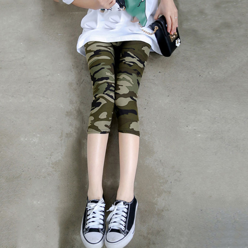 VIIANLES Polyester Capris Camouflage Printed Leggings Sexy Short Pants Women Workout Trousers Lady High Elastic Fitness Leggins