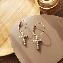 The Baroque Pearl Earrings Earrings Contracted Wind Cross Product Of Individual Character Vogue Retro Niche Ear ring
