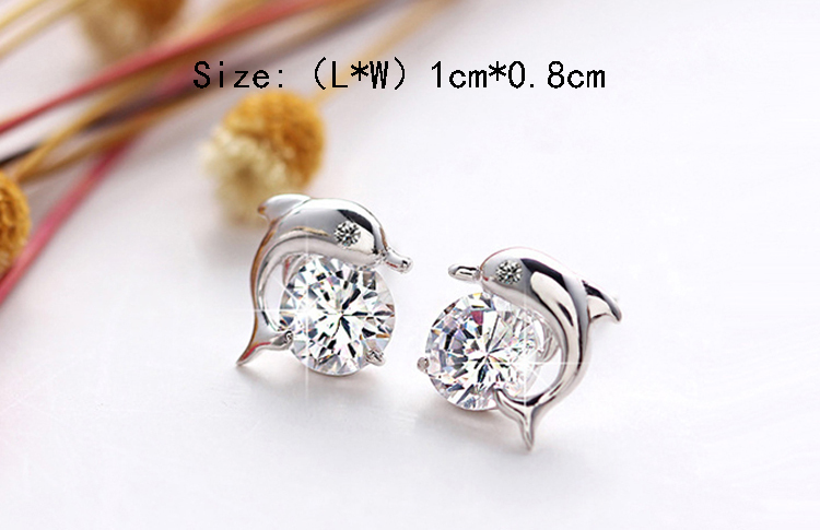 Cute Romantic Dolphin Love Stud Earrings For Women High Quality Silver Plated Round Cut AAA Zircon Brinco Bijoux