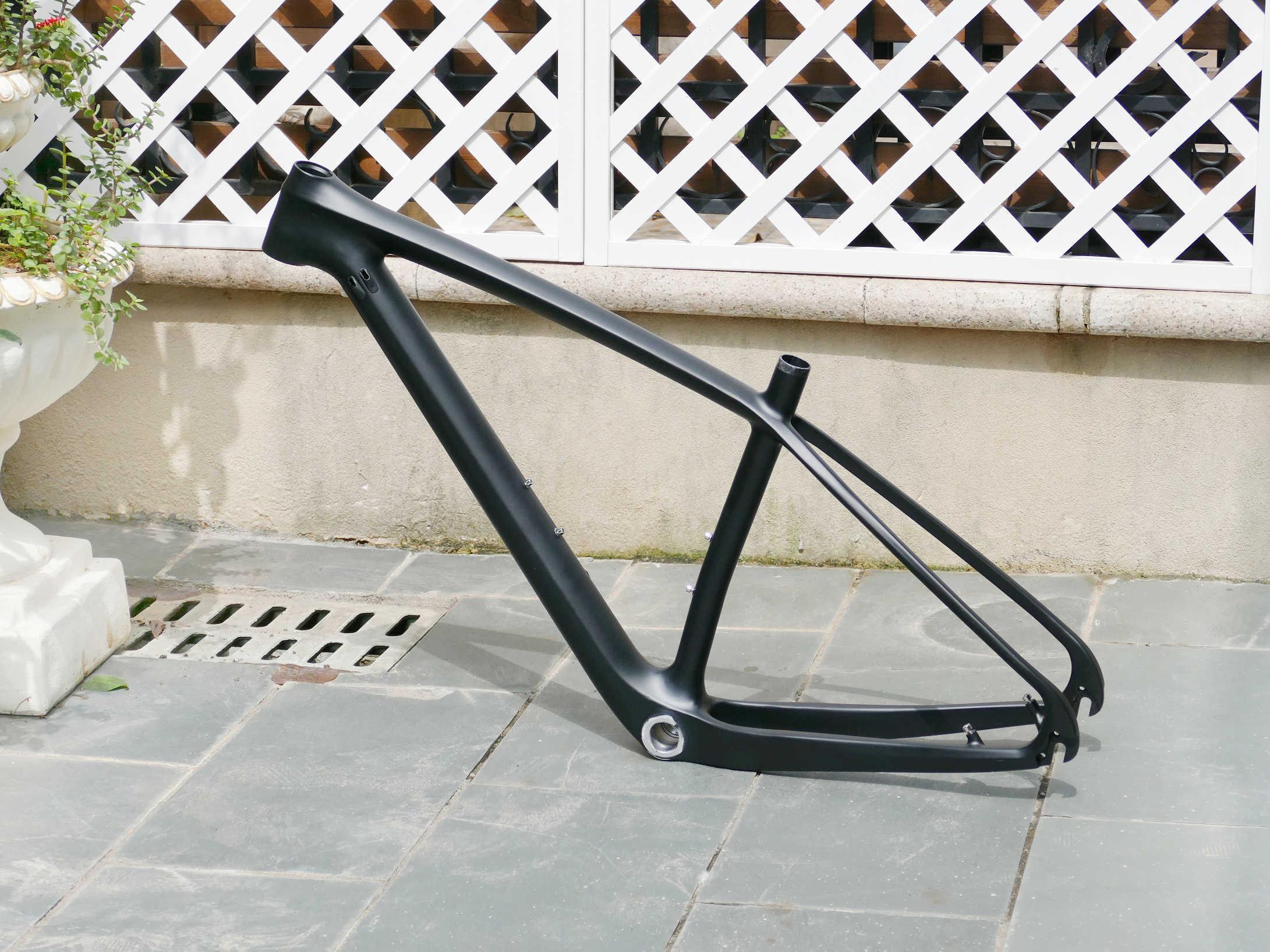 """מלא פחמן א. ד. מאט אופני הרי אופניים רכיבה על אופניים 29ER MTB מסגרת 15.5 """" / 17.5"""" / 19 """"Thru סרן 142*12mm/QR 135*9mm"""