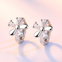 Fashion jewelry flower contracted paw setting crystal five leaves flowers white silver Stud earrings Wholesale