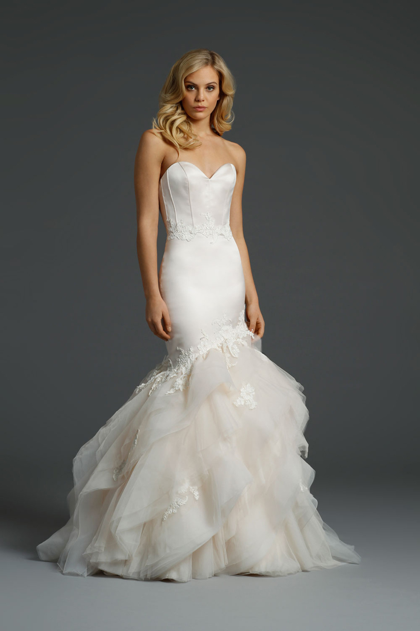2016 New Sweetheart Mermaid Wedding Dress Bridal Gown With Appliques Long Tiered Tulle Bridal Wedding Gown Dress Backless F1991