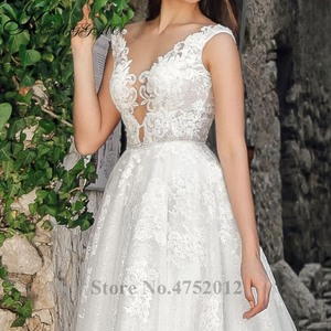 Image 5 - Volledige Kant Applicaties Backless Bridal A lijn Gown Vestidos De Novia Elegante V hals Mouwloze Trouwjurk
