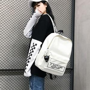 Image 3 - חדש תרמיל אופנה בד נשים תרמיל בובת תליון נסיעות נשים כתף תיק Harajuku תרמיל נשי בית ספר שקיות