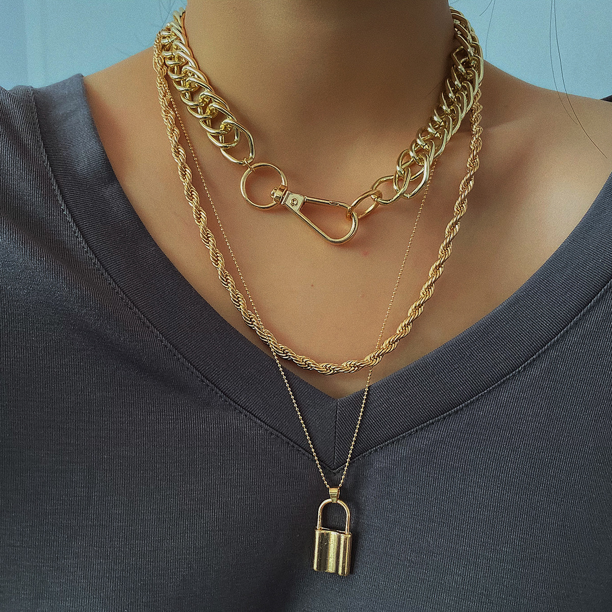 New Style Lock Pendant Necklace for Women Twisted Clavicle Chain Punk Choker Female Gold Color 2020 Fashion Jewelry Layered