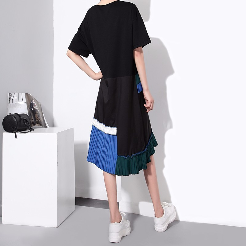 Short Sleeve Pleated Irregular Loose O-Neck Dress 3