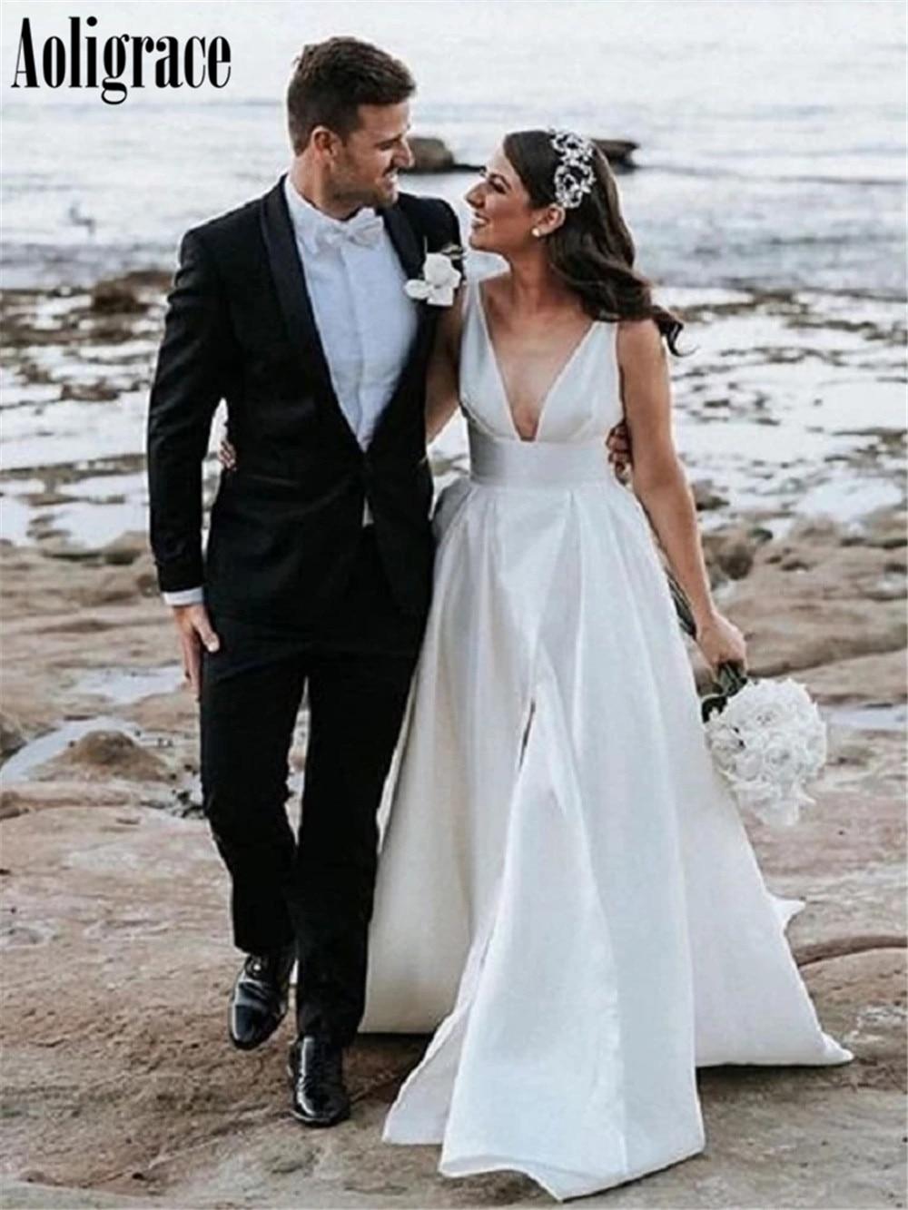 High Side Split Beach Wedding Dresses Deep V-Neck Sweep Train Country Style Bridal Gowns Cheap Garden Vestidoe De Noiva Custom