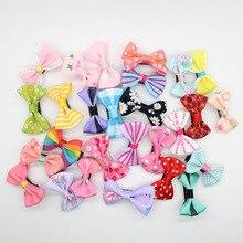 20 шт. детская одежда для маленьких девочек Шпильки малыш микс заколка-бабочка мульти-цветные пряди ткань аксессуары сплошного цвета или в точку, в полоску; детские головные уборы