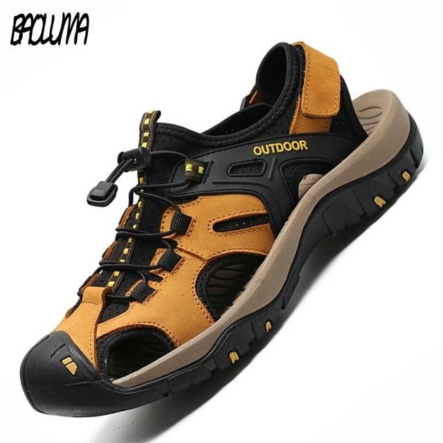 Letnie męskie sandały oryginalne skórzane biznesowe obuwie męskie oddychający design sandały plażowe rzymskie trampki wodne