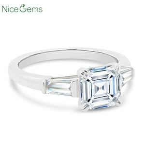 Image 3 - NiceGems 14K białe złoto Asscher cut Moissanite trylogii pierścionek zaręczynowy centrum 7x7mm 4 podwójne prong ze zwężającymi się bagietki pierścień