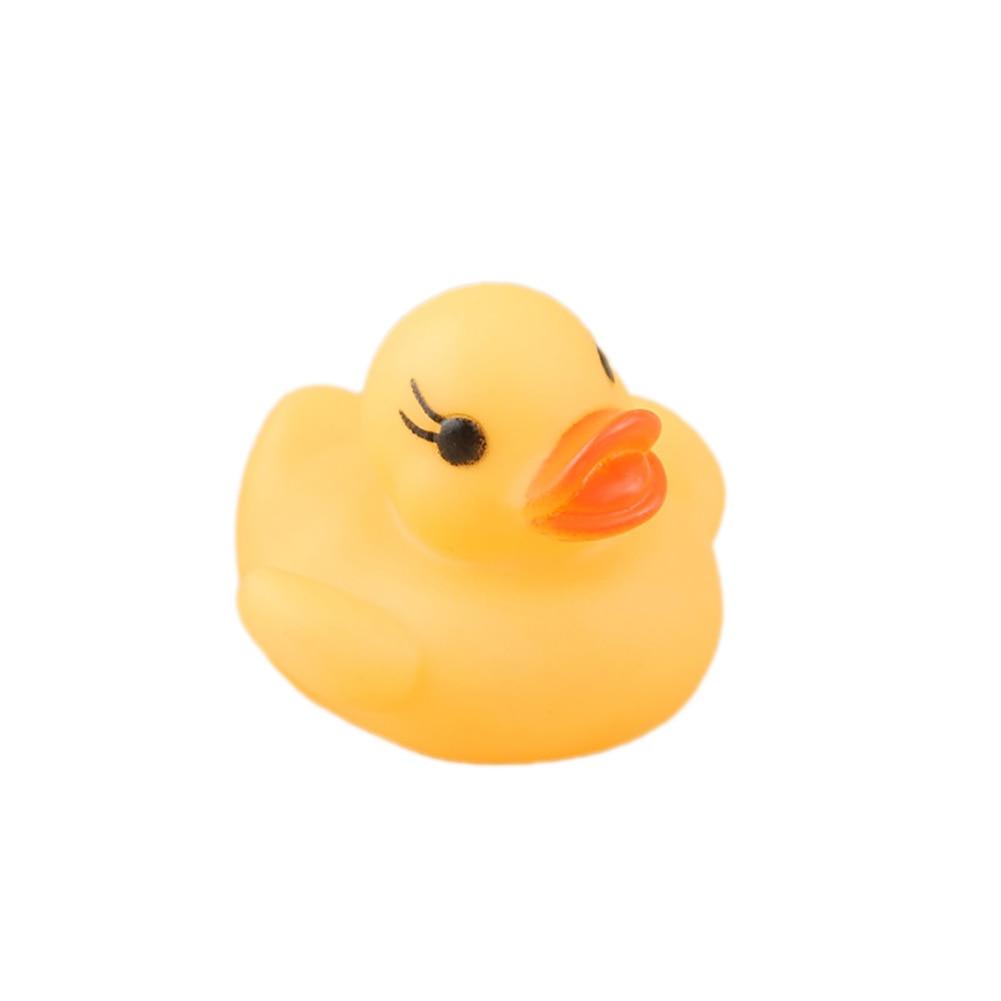 Плавающий Новорожденный ребенок Ванна время игрушка изменение цвета утка мигающий светодиодный светильник s up автоматически при погружении в воду - Цвет: Цвет: желтый