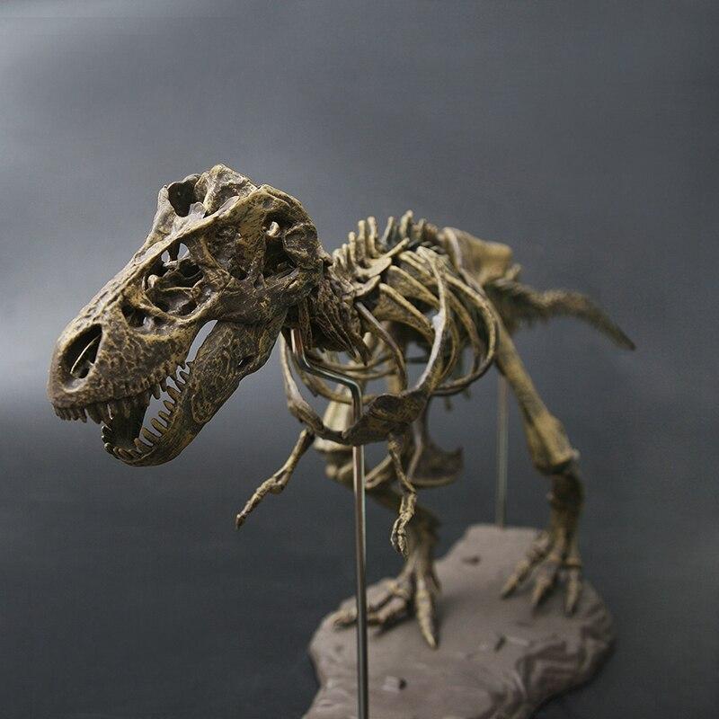 Ev ve Bahçe'ten Heykelcikler ve Minyatürler'de Büyük dinozor fosili kafatası hayvan modeli oyuncak Tyrannosaurus Rex monte iskelet modeli mefruşat ürünleri dekorasyon title=