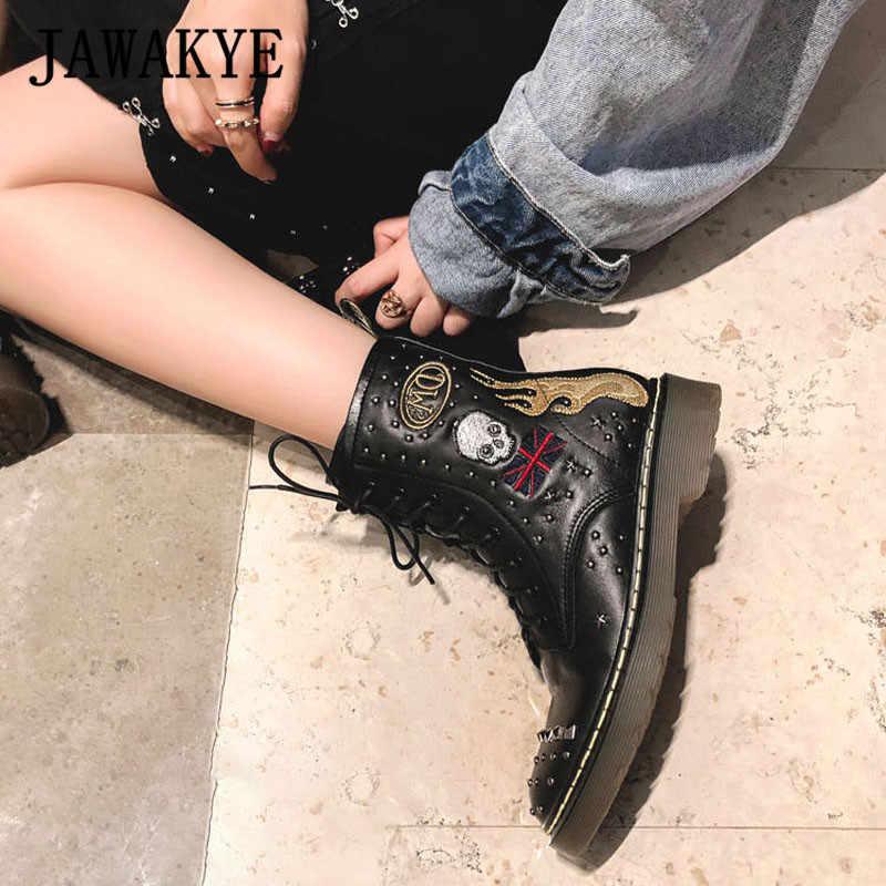 Gerçek deri Metal perçinler nakış yarım çizmeler kadın yuvarlak dantel up tıknaz düz kısa çizmeler kış moda parti ayakkabıları kadın