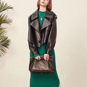 Image 1 - אישה מעילי טבעי כבש עור אופנה נשי מעילים ארוך שרוולים אמיתי עור כבש קצר מעיל מיוחד מכירה