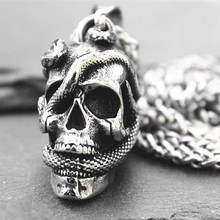Fine Hand-made Retro Domineering Three-dimensional Twin Snake Wearing Skull Pendant Men's and Women's Jewelry Necklace