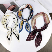 Pleated Korean -Style Small Square Artistic Retro Scarf New All -match Decorative Neckerchief Women