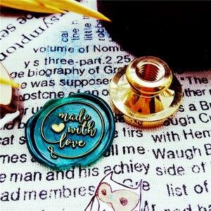 Image 2 - と恋ハートワックス印鑑封筒シール少年少女のための友人結婚式の招待状銅ヘッド木製ハンドル独立した