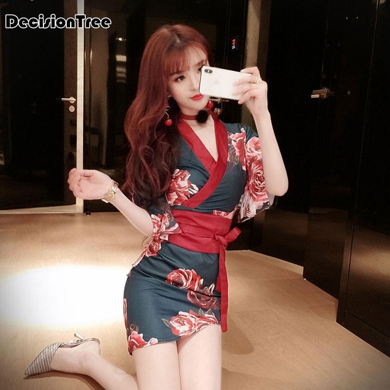 2019 Japanese Kimono Mujer Yukata Japan Kimono Dress With Belt Satin Silk Pajamas Printed Woman Japanese Sexy Nightclub Dress