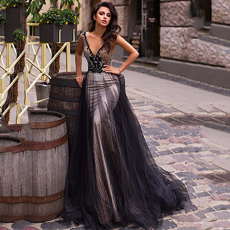 Eightree Gothic Wedding Dress Lace Appliques Vestido De Noiva Black Mermaid Wedding Dresses V Neck Backless Wedding Gowns